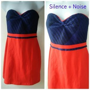 Silence + Noise Strapless Dress M UO